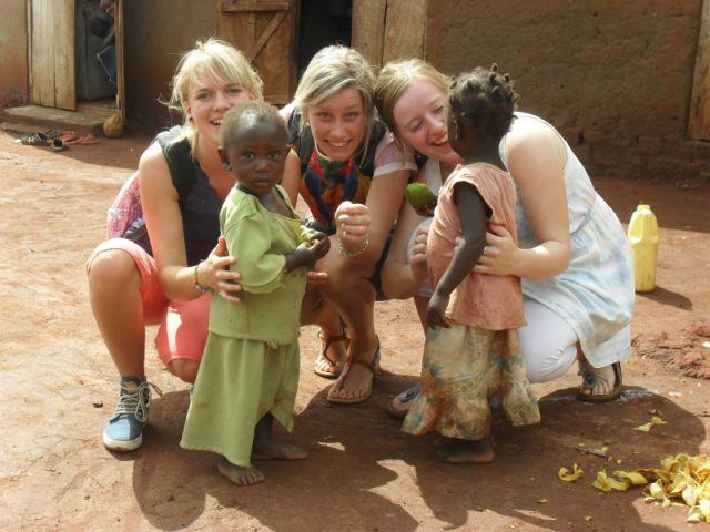 3 Dames in Uganda
